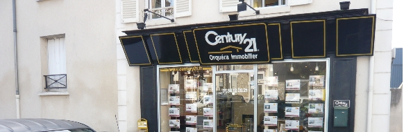 Interview : Philippe Angot, responsable d'agence Century 21 - Orquéra immobilier